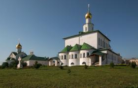 Богоявленский Старо-Голутвин монастырь. Отзыв по результату применения грязезащитного ячеистого мата