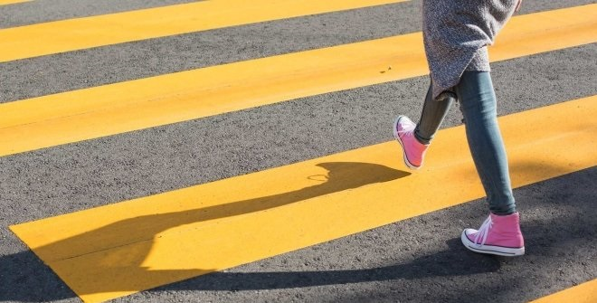 Знак внимание пешеход